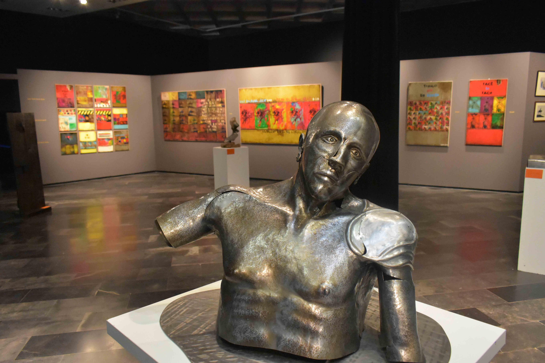 «¿Por qué estás aquí?», la nueva exposición del Museo José Luis Samper